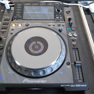 Pioneer 2000 Nexus